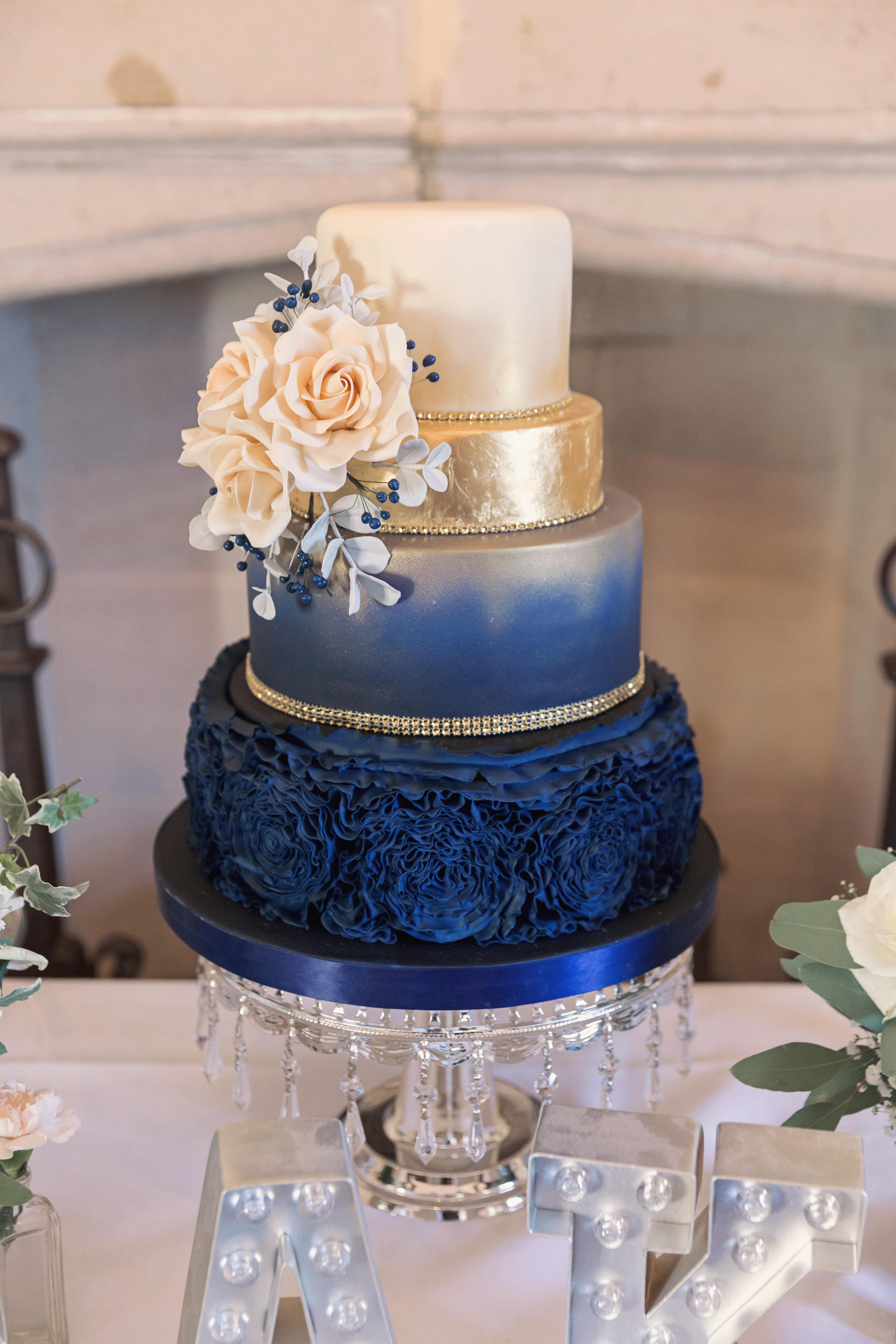 Bespoke Artisan Wedding Cakes In Cambridgeshire