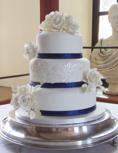 Navy and Ivory Applique Roses Wedding Cake Kimbolton Castle Cambridgeshire