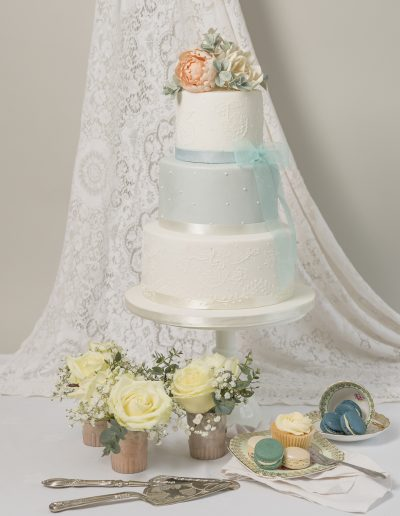 Cambridge Blue 3 Tier Wedding Cake Keen For Cakes Cambridgeshire