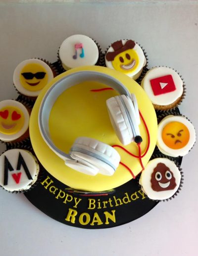 emoji headphones Birthday cake cambridgeshire