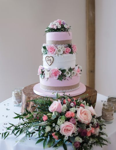 Pink Rustic Wedding Cake With Sugar flowers Bassmead Manor Barns Keen For Cakes Cambridgeshire