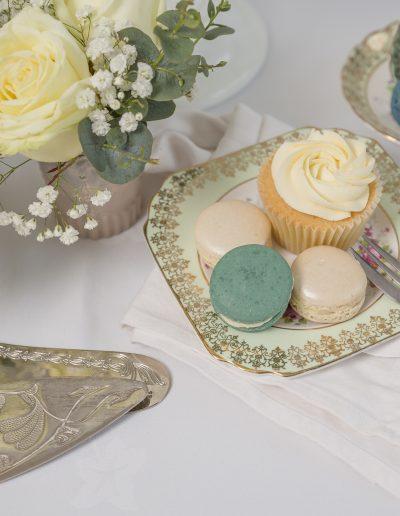 Wedding Macarons and Cupcake